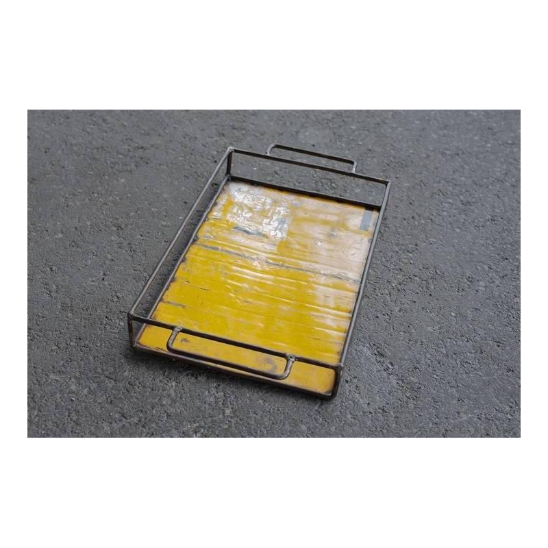 Plateau - couleur jaune